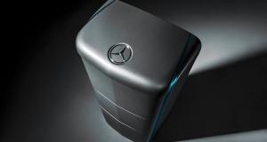 Mercedes Benz кидає виклик Tesla і починає виготовляти сонячні батареї для будинків