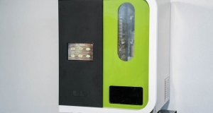 Вендінговий автомат готує свіжі салати за 1 хвилину
