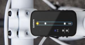 Велосипедный радар от Garmin предупреждает о приближающихся сзади автомобилях