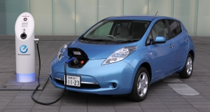 Nissan похвасталась популярностью электромобиля Leaf