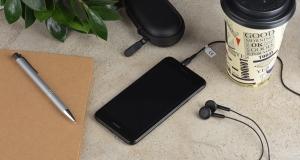 Огляд смартфона Huawei Nova Lite 2017: низка переваг і мінімум компромісів
