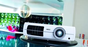 Epson делает домашний кинотеатр высокой четкости доступным