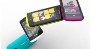MWC 2011: фотографии смартфонов Nokia на Windows Phone 7