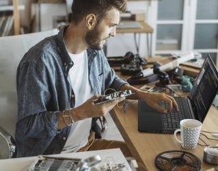 Acer Aspire 7: оберіть один пристрій для серйозної роботи та розваг