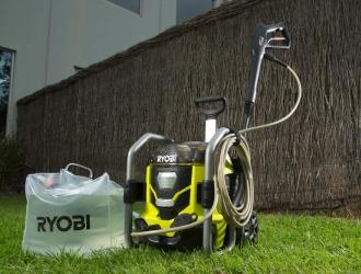 Прибирання професійного рівня разом з акумуляторною мийкою Ryobi