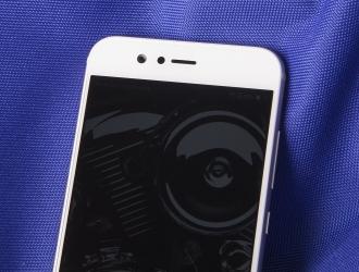 Огляд смартфона Huawei Nova 2