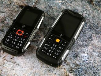 Огляд захищених мобільних телефонів 2E R180 і R240