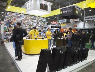 CEE 2016: стенд Nikon