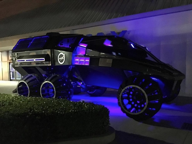 NASA працює над прототипом марсоходу, який виглядає як Бетмобіль