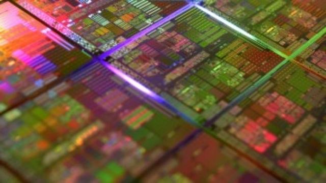 Аналитик: Intel будет использовать квантовые ямы, III-V полупроводники с узлами 10нм