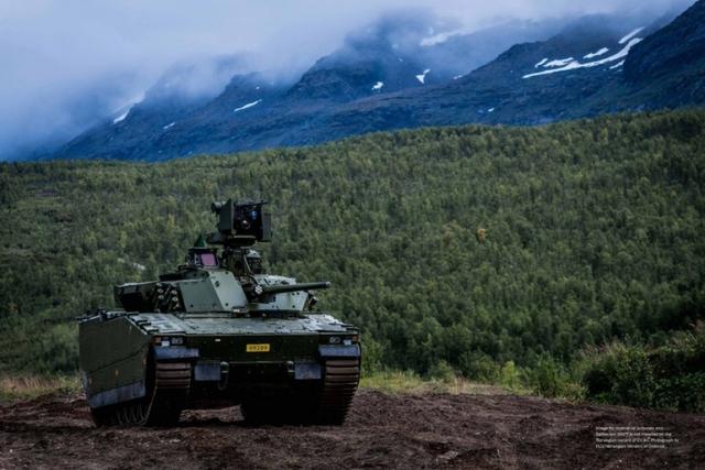 Система BattleView 360 от BAE Systems обеспечивает полный обзор экипажу танка