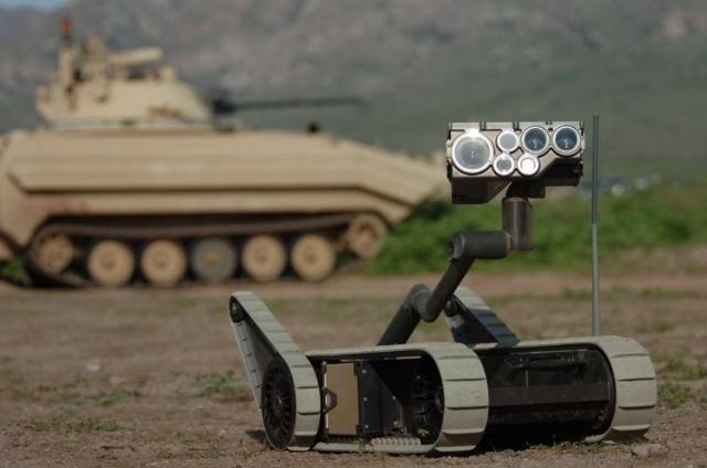 Армия США хочет, чтобы роботы-медики вывозили раненных с поля боя