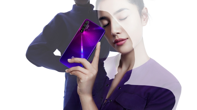 Huawei nova 5T з п'ятьма AI-камерами — вже в Україні