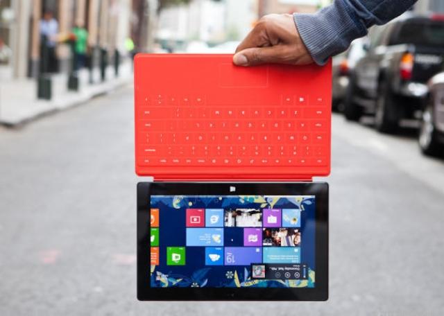 Microsoft рассказала, во сколько обошлись планшеты Surface