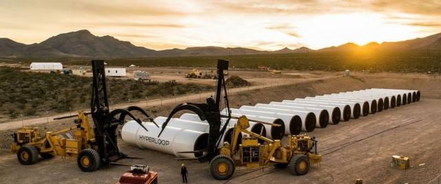 Супертранспорт Hyperloop став на крок ближче до реальності: відбулось тестування двигуна вакуумного потяга