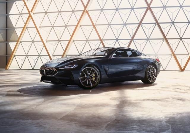 Повернення легендарного купе BMW 8-Series (відео)