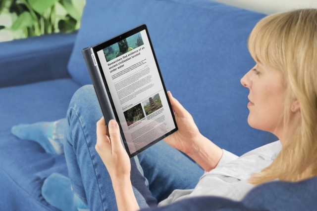 Lenovo YOGA Smart Tab - перший планшет із підтримкою Google Assistant Ambient Mode