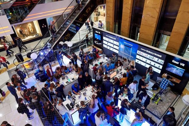 Samsung Galaxy Studio відкривається в ТРЦ Ocean Plaza