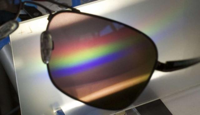 Очки, позволяющие дальтоникам видеть цвета
