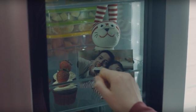 Унікальна функція Knock-on холодильників InstaView Door-in-Door