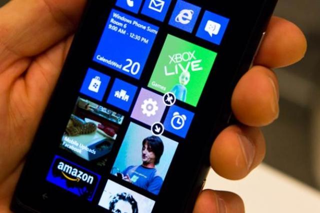 Samsung представляет два новых смартфона Odyssey и Marco