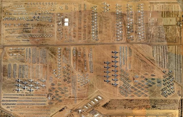 """Хотите увидеть где хранится """"старая"""" техника ВВС США?"""