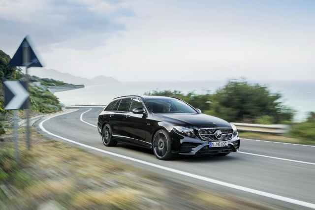 Mercedes-Benz E-Class Estate 4Matic 2017