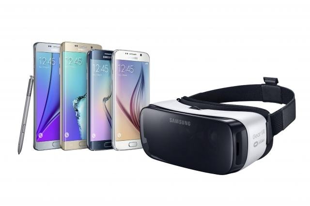 Первая потребительская модель устройства виртуальной реальности Gear VR