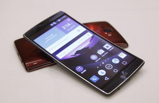 Гибкий смартфон LG G Flex 2 поступил в продажу