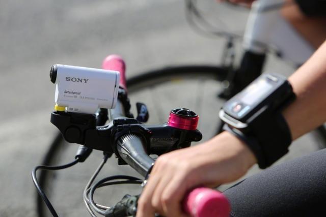 Новая экшн-камера Sony Action Cam снимает Full HD