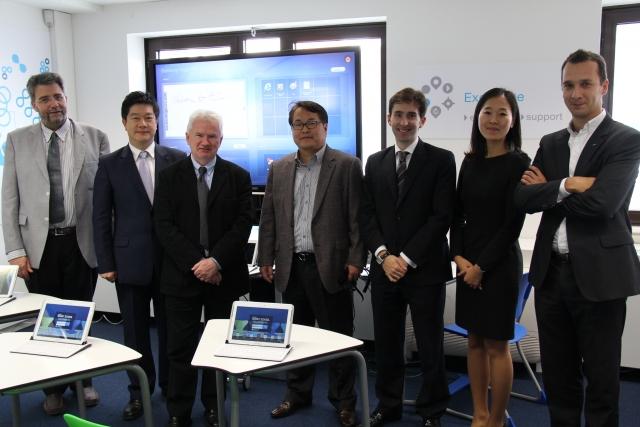 Samsung и European Schoolnet создают «Класс будущего»