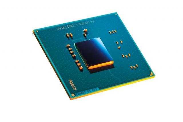 Intel Atom S1200 – первый серверный процессор мощностью 6 Вт