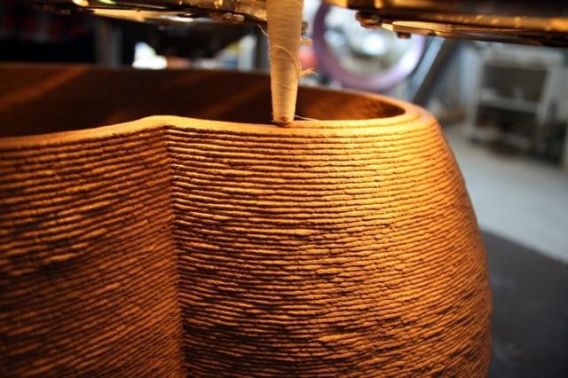 Самый большой в мире 3D-принтер может печатать дома из глины