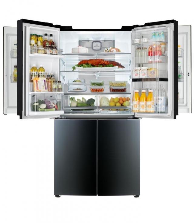 LG представит первый мегавместительный холодильник с двойной дверцей Door-in-Door