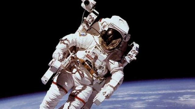 Новый скафандр моделирует гравитацию для космонавта