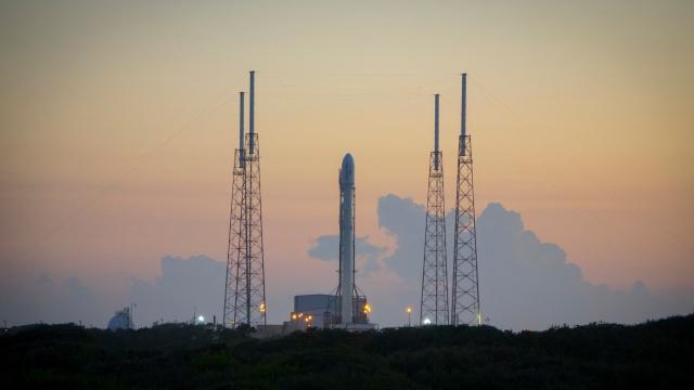 SpaceX здійснила успішний запуск ракети Falcon 9 (відео)