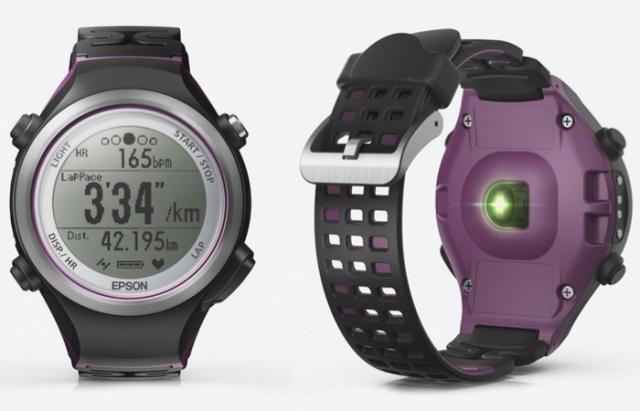Epson представила первые умные часы для спортсменов Runsense