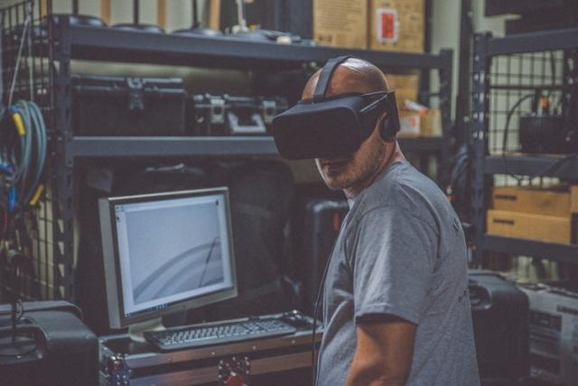 Створені вражаючі VR-окуляри із роздільною здатністю 8К