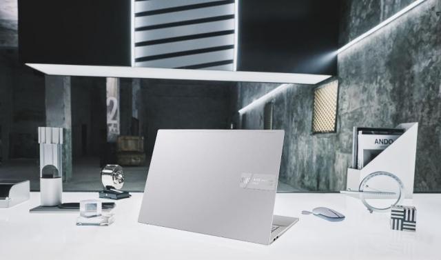 Ноутбуки ASUS Vivobook Pro з OLED-екраном представлені в Україні
