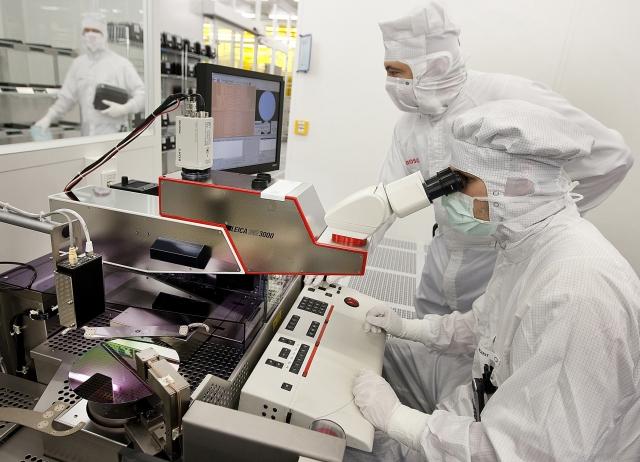 Bosch налагоджує нове виробництво напівпровідників