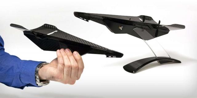 Дрон из углеродного волокна выглядит как бумажный самолетик