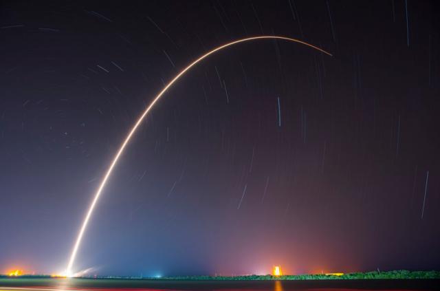 SpaceX вдруге посадила першу ступінь Falcon 9 на морську платформу