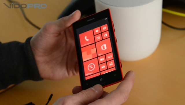 Первый взгляд на Nokia Lumia 520 и Lumia 720