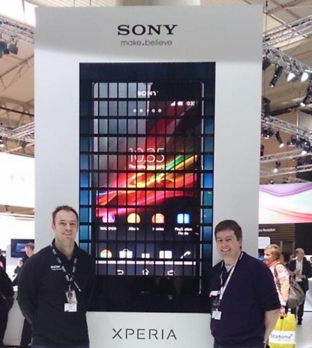Sony Xperia ZL попал в книгу рекордов Гиннесса