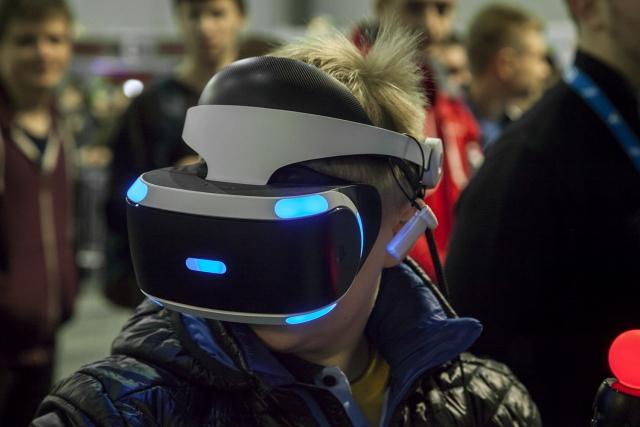Занурення у віртуальну реальність: порівняння VR окулярів на виставці CEE 2017
