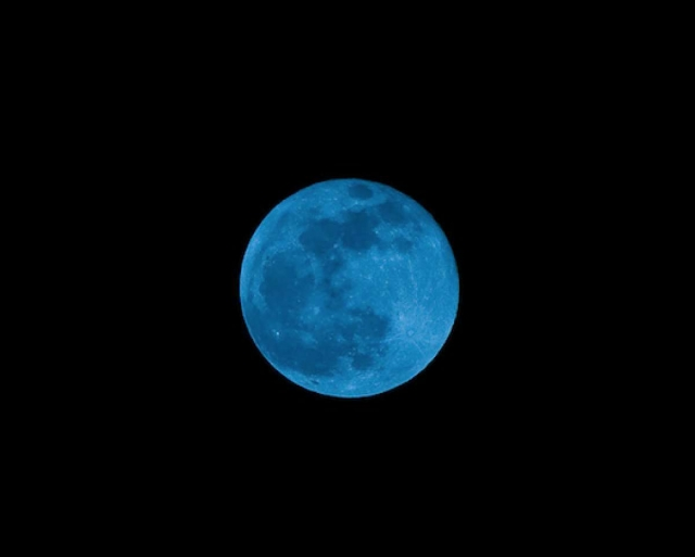 Астронавты могут добывать воду на Луне с помощью дистилляторов