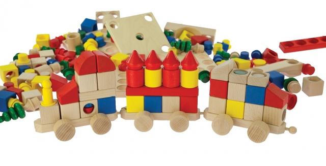 Дерев'яні іграшки знову в моді