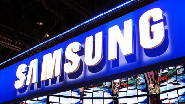 "Продажи смартфонов Samsung ""задавили"" продажи iPhone"