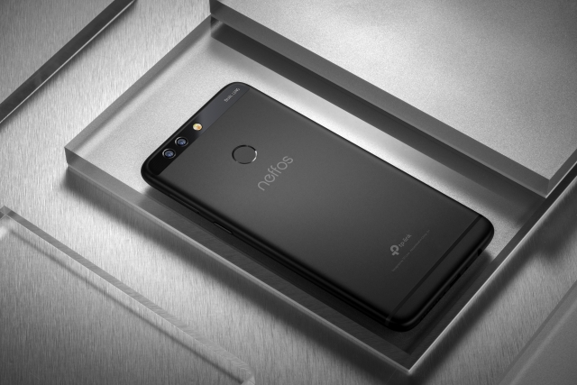 TP-Link починає продавати в Україні флагманський смартфон Neffos N1