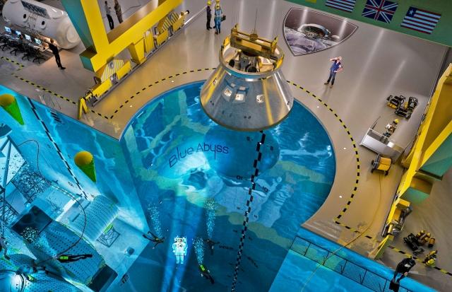 Блакитна безодня: у Британії для астронавтів побудують тренувальний центр із басейном